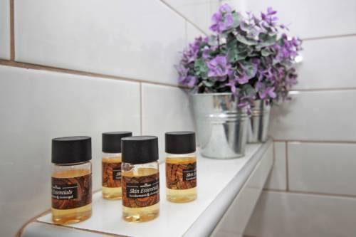 Bathroom_3, Acrothea-Apartments, Ormos Panagias